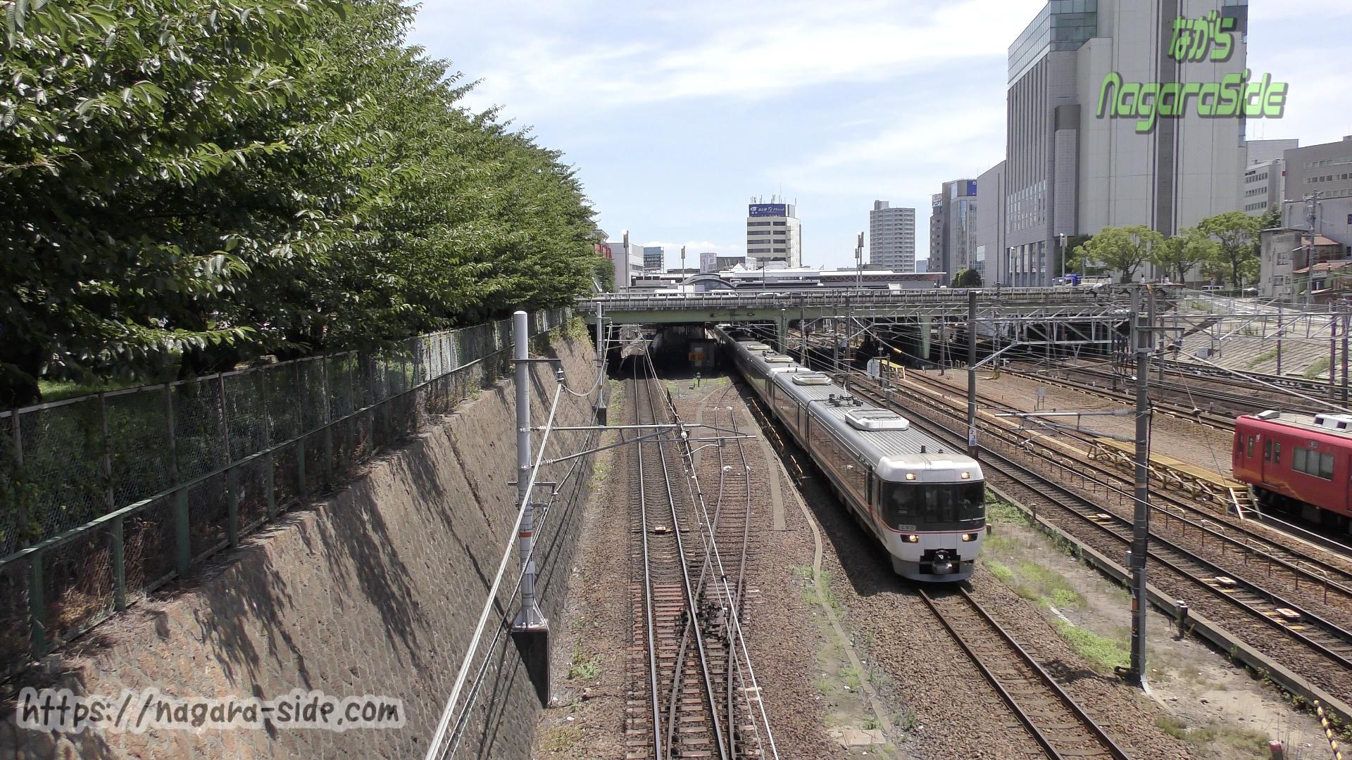 金山総合駅 東側掘割