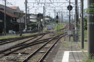 弥富駅から望む木曽川堤防
