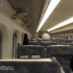 700系新幹線車内