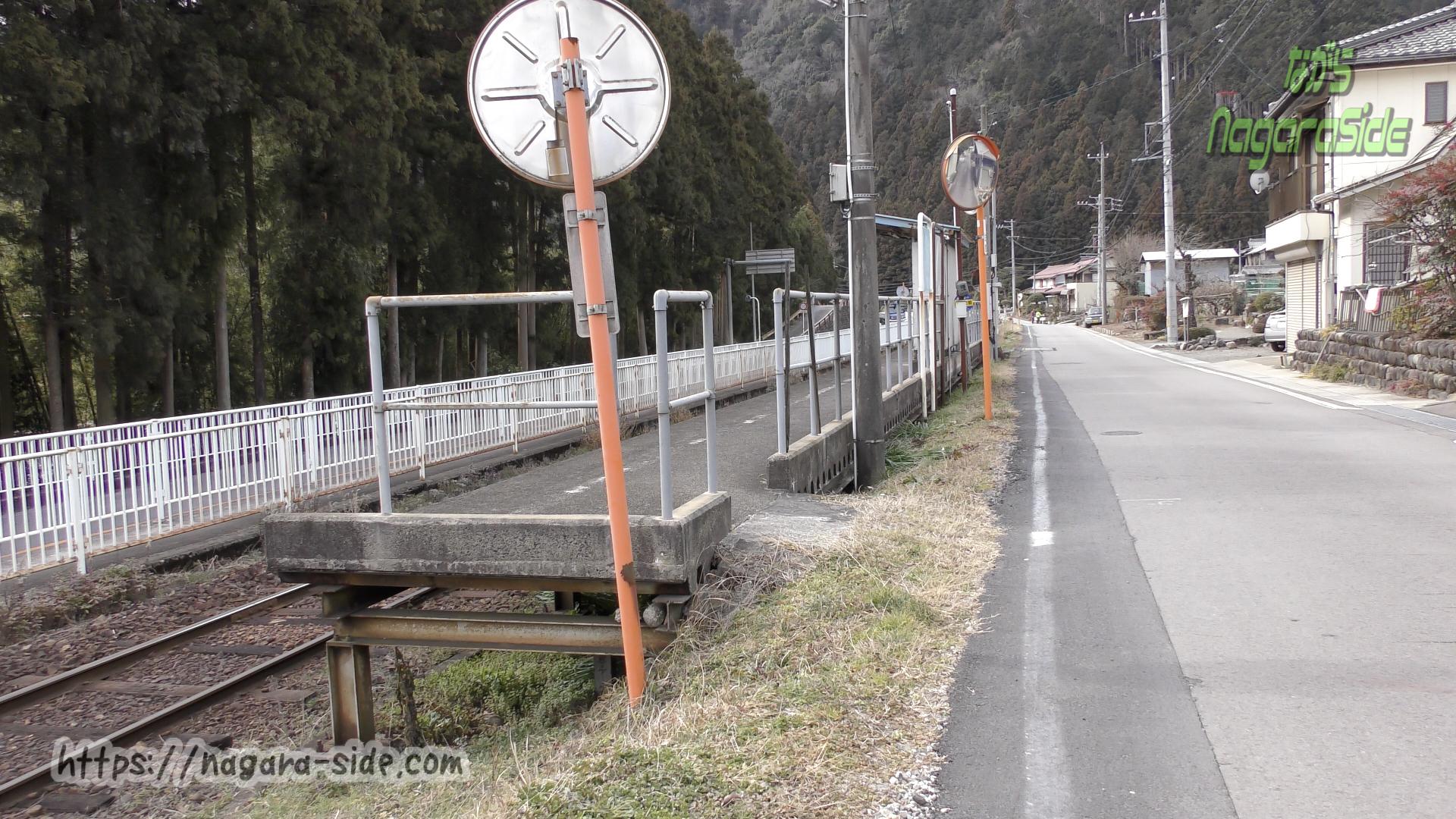 長良川鉄道木尾駅