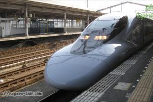 三島駅に停車する700系7000番台