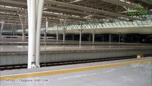 中国上海虹橋駅のホーム