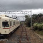 出雲大社前駅に入線する2000系旧京王電鉄車