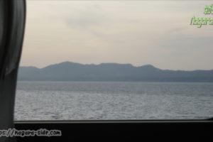 山陰本線 宍道湖湖畔を走るやくもの車窓