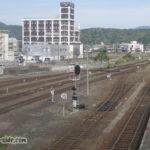 益田駅の跨線橋から望む山陰本線出雲市方面