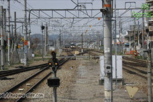 網干駅から見る網干総合車両所方面