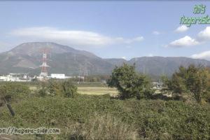 東海道本線より望む伊吹山