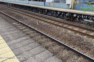 名鉄黒田駅ホームの下の駐輪場