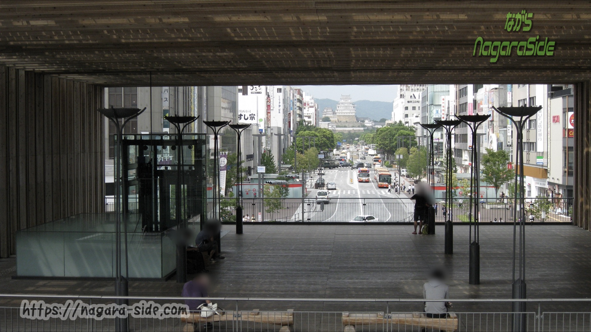 姫路駅在来線ホームから望む姫路城