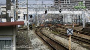 倉敷駅伯備線ホームから見る山陽本線と伯備線の分岐