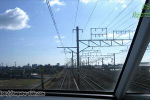 飯田線との併用区間を走る名鉄特急