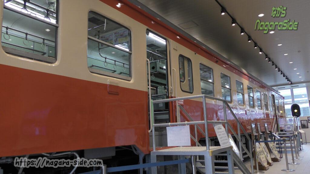 糸魚川駅に展示してあるキハ52形